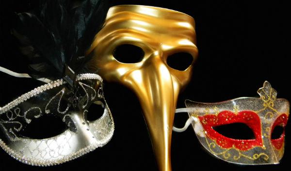 Drei Masken Karneval