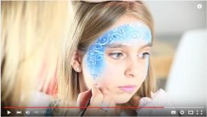 Schneeflocken für Elsa schminken