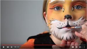 Barthaare vom Tiger schminken