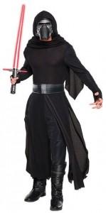 Mann im schwarzen Kylo Ren Kostüm