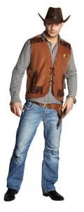 Mann im Sheriff Kostüm