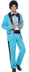 Mann in Abschlussball Anzug