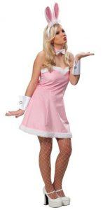 Blondine im rosa Bunny Kostüm