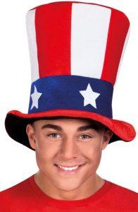 Mann mit großem Hut im USA Design