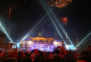 Silvester-Party am Brandenburgertor - Blick auf die Bühne
