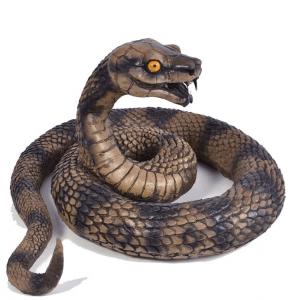 Giftige Kobra Deko Gummischlange