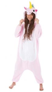 Junge Frau im rosa Einhorn-Kostüm