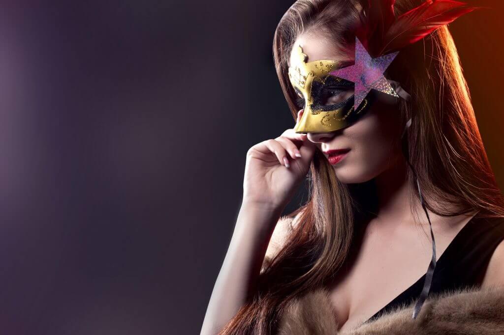 Geheimnisvolle Maskenball Schönheit