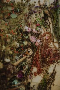 Kräuter und Blüten
