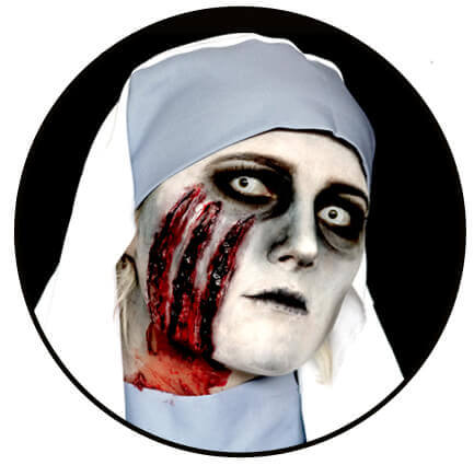 Horror Halloween schminken mit Nonnenkostüm