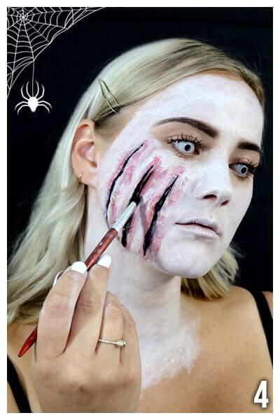 Gruseliges Makeup selber machen Tutorial Wunden schminken